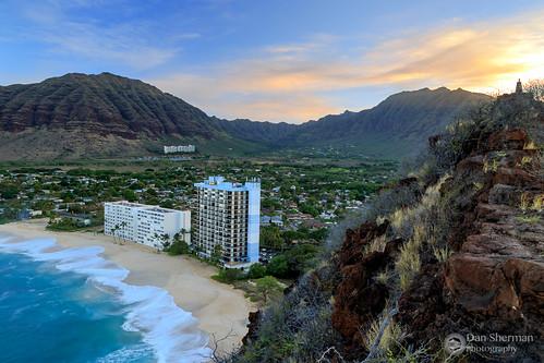 sunrise pacificocean island colorfulsunrise hawaii hawaiicoast coast pacific clouds