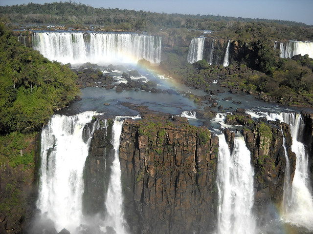 home 04_arcobaleno sulle cascate di Iguaçu