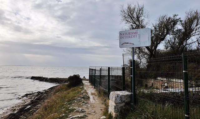 Saint Jean des Sables, Angoulins sur mer, acces à l'ancienne plage naturiste