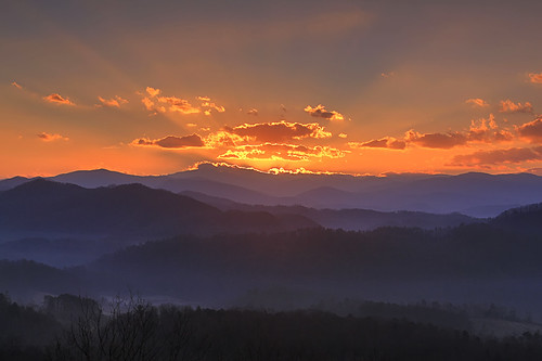 dawn sunrise foothills parkway great smoky mountains national park tennessee