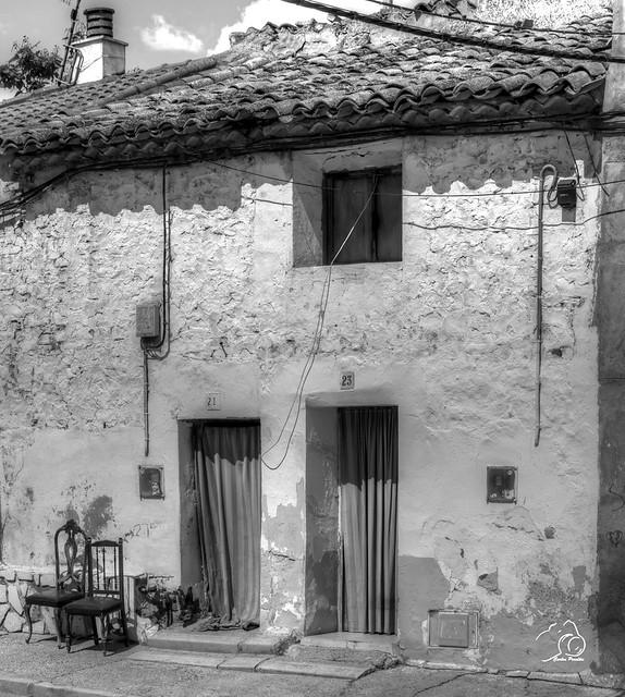 edificio-en-quinto_de_Ebro