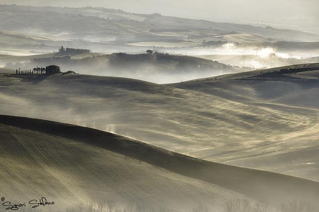 Magia della nebbia in val d'Orcia_5