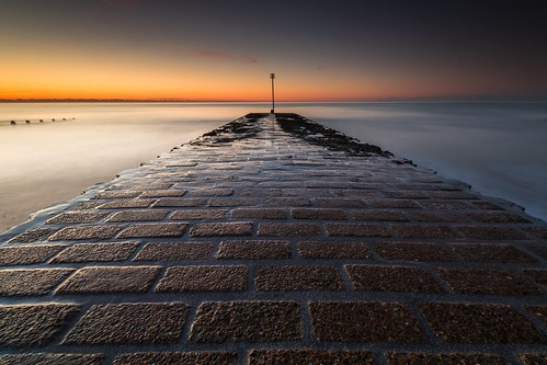 ferring sussex uk england sea tide sunrise beach canon 80d sigma 1020mm leefilters paving brick