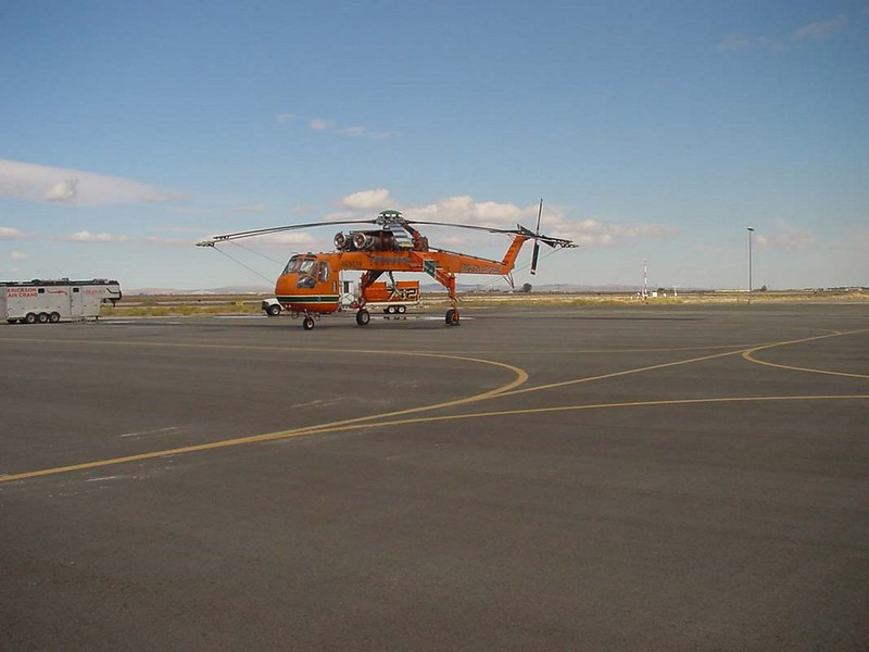 西科斯基S-64E1空中吊车