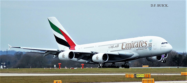 A6-EDT AIRBUS A380-861