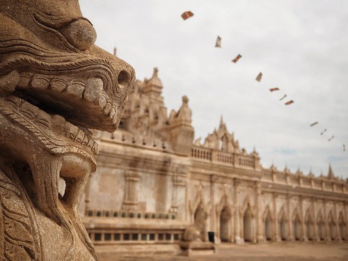ananda temple   by paddy_bb