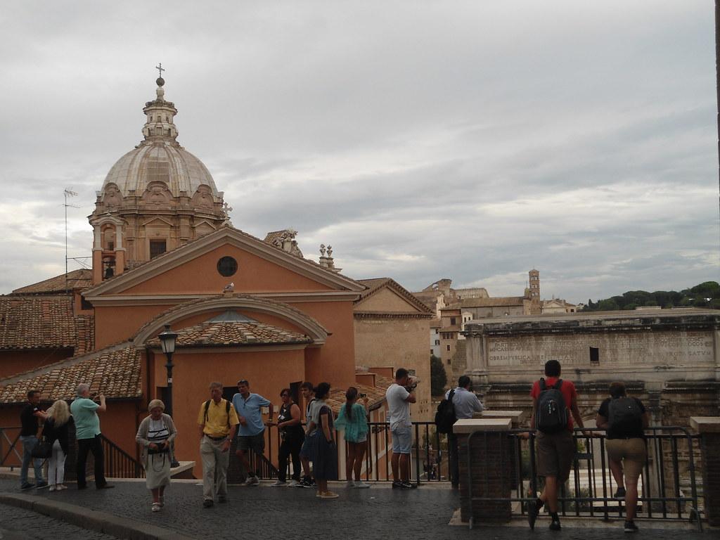 Vista al Foro Romano, Capitolio, Roma, Italia/View to the Roman Forum, Campidoglio, Rome, Italy - www.meEncantaViajar.com