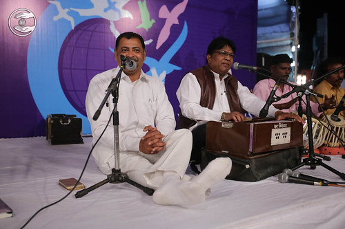 Devotional song by by Shivdass Tanuj and Saathi from Bhopal
