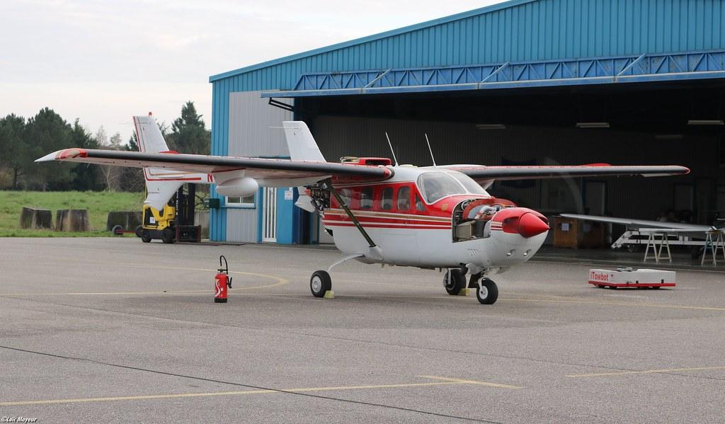 Cessna-Reims FT337GP Super Skymaster - N119XU Privé/Privat