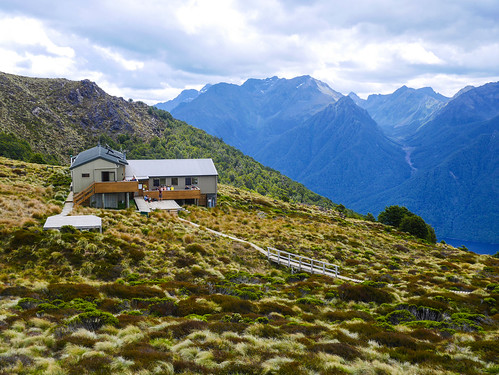 Luxmore Hut | by snackronym