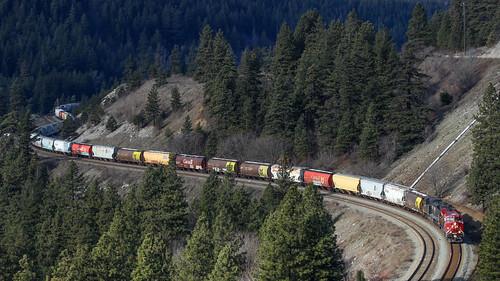 train railway railroad cpr ns canyon fraserriver grain
