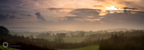 torquay torbay countryside sunrise dawn winter rtaphotography light panoramic devon southdevon sky clouds sun landscape