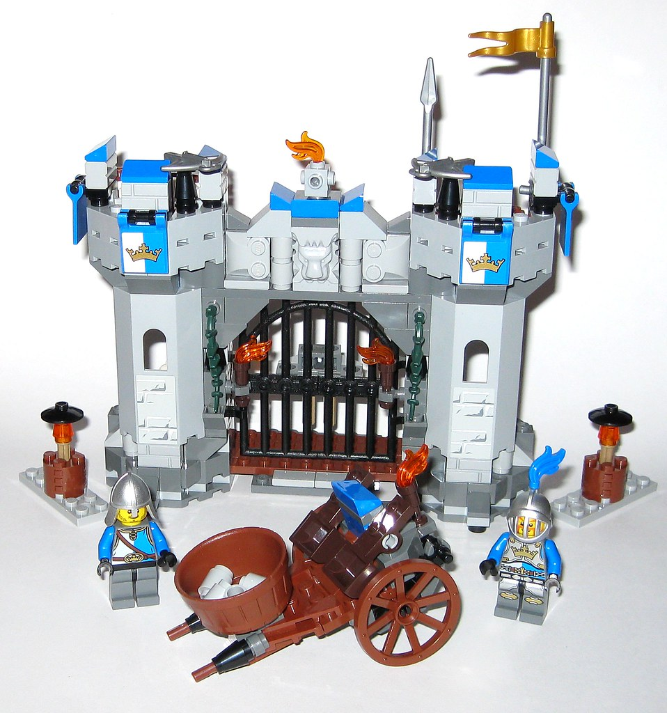 Lego 70806 The Lego Movie Castle Cavalry 2014 I Tjparkside Flickr