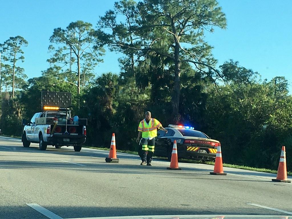 Florida Highway Patrol and FDOT Road Ranger | FHP Dodge Char