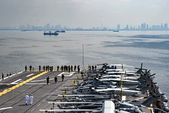 USS Bonhomme Richard (LHD 6) transits into Manila Bay, March 4. (U.S. Navy/MC2 William Sykes)