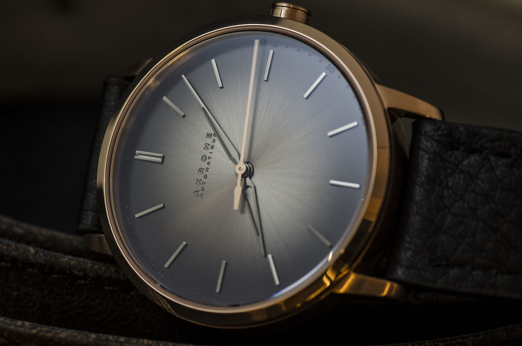 Akrone : des montres, tout simplement 39343591944_2521c5cd0d_b