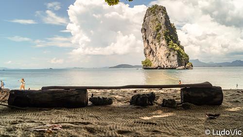 kohpoda thailande thailand thailandia thai island isle île andaman stay banc bench beach beautiful rock voyage vacation travel sand white asia asian asie sable sea mer dream place