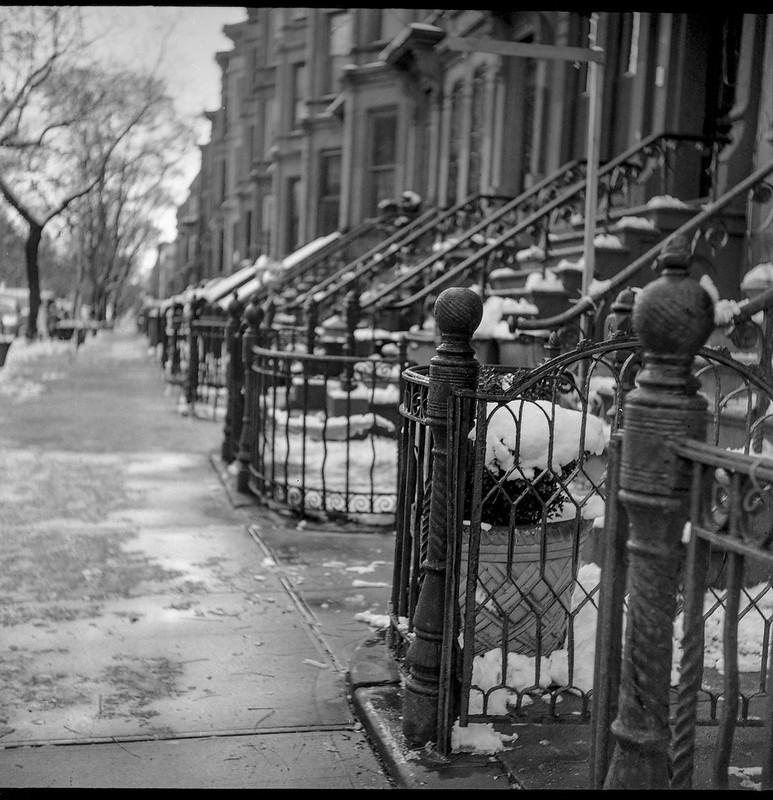 brownstones, sidewalk, railings, steps, snow, steps, rowhouses, Jefferson Avenue, Bedford Stuyvesant, Brooklyn, New York, Ricoh Dia M, Arista.Edu 200, Moersch Eco Film Developer, early December 2017