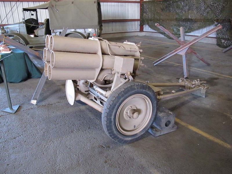 Nebelwerfer 41 15-cm 1