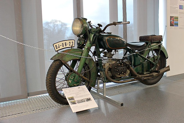 Puch 800. (1935 - 1939).