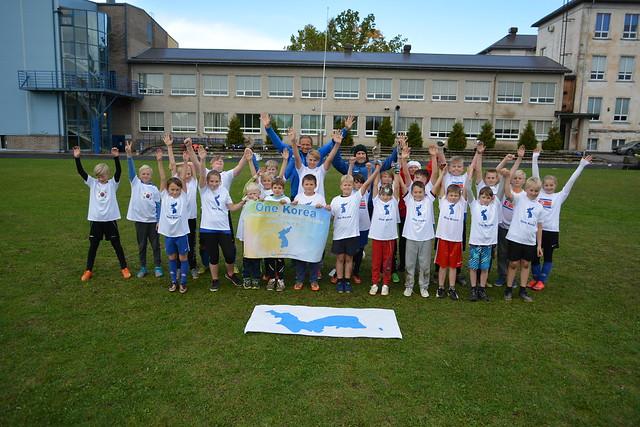 Estonia-2017-10-05-Estonian Children Play Football for Korean Peace