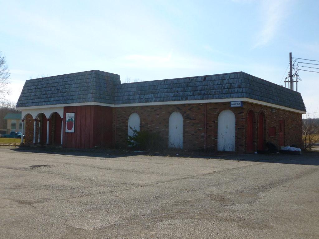 former L&K Motel & Restaurant, North Baltimore, OH (10