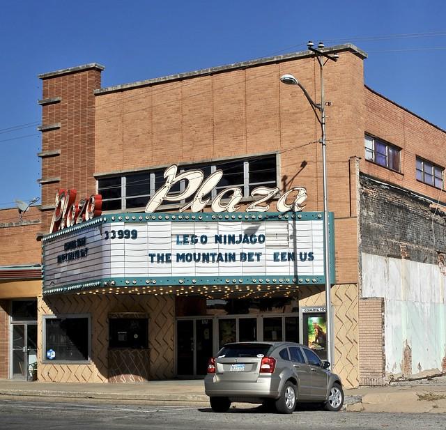 Vernon Plaza Theater - Vernon,Texas