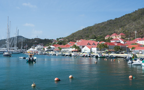 stbarts stbarthélemy stbarths frenchcaribbean frenchwestindies island caribbean paradise beautiful scenery landscape seascape water sea caribbeansea aqua blue turquoise bright bensenior tousist tourism nikond7100 nikon d7100 gustavia town city red buildings harbor harbour boat boats