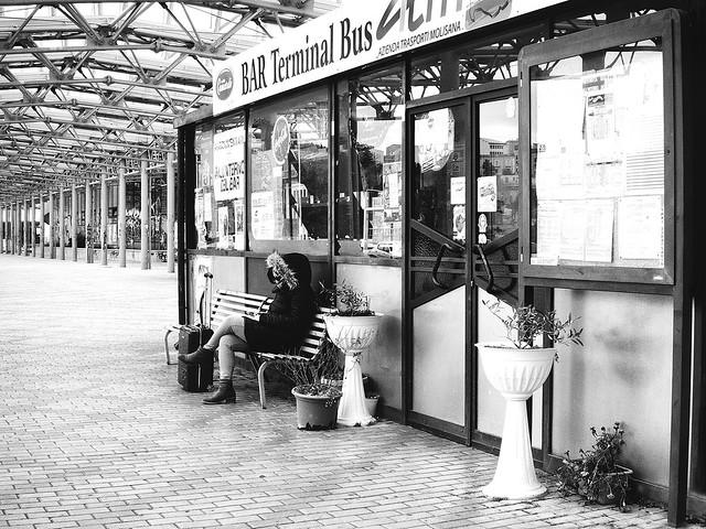 1.3 Terminal Bus - Silenzio/Silence