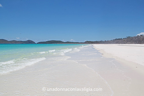 Whitehaven beach Whitsundays Australia | by @claudiamafalda