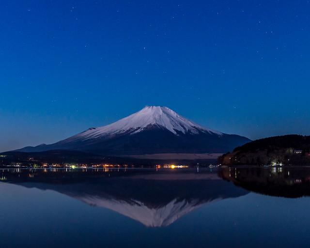 Winter Fuji at predawn