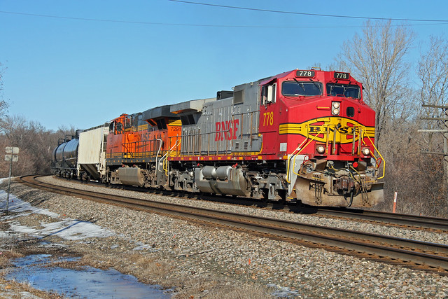CP 680 with a BNSF Warbonnet