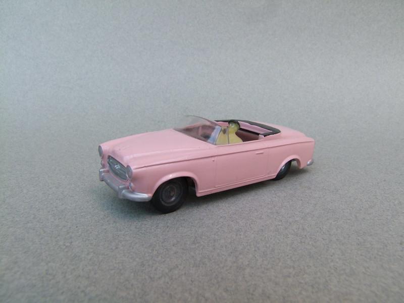 numéro 1 peugeot 403 cabriolet 39972586331_7df0849c15_c