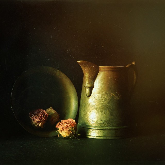 Still life with small roses
