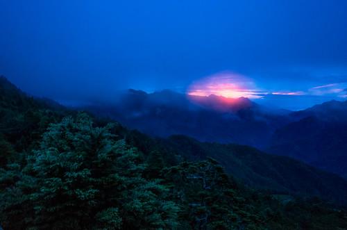 ricoh grdigital grd grii 合歡山 小風口 登山口 合歡山北峰 日出 sunrise mountain hiking