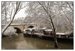Dsc 0681 Le Pont Marie Au Quai De L Hotel De Ville Pari Flickr