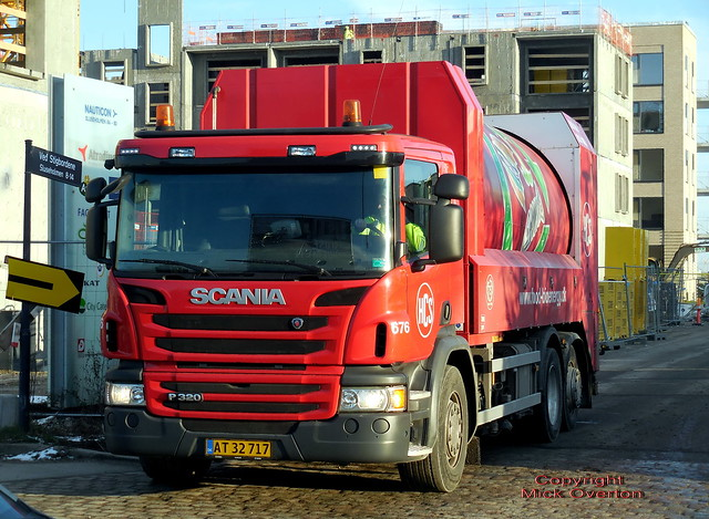 Food waste collector Scania P320 AT32717