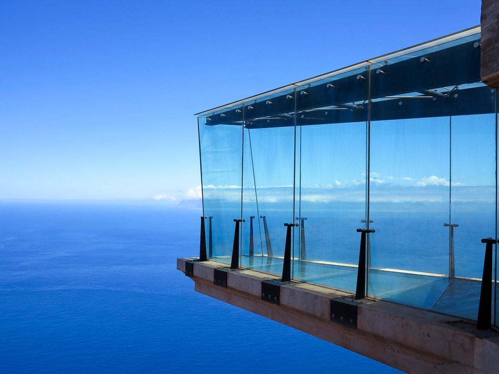 Mirador de cristal en La Gomera