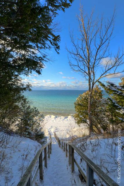 Lake Michigan ... stepping into winter II