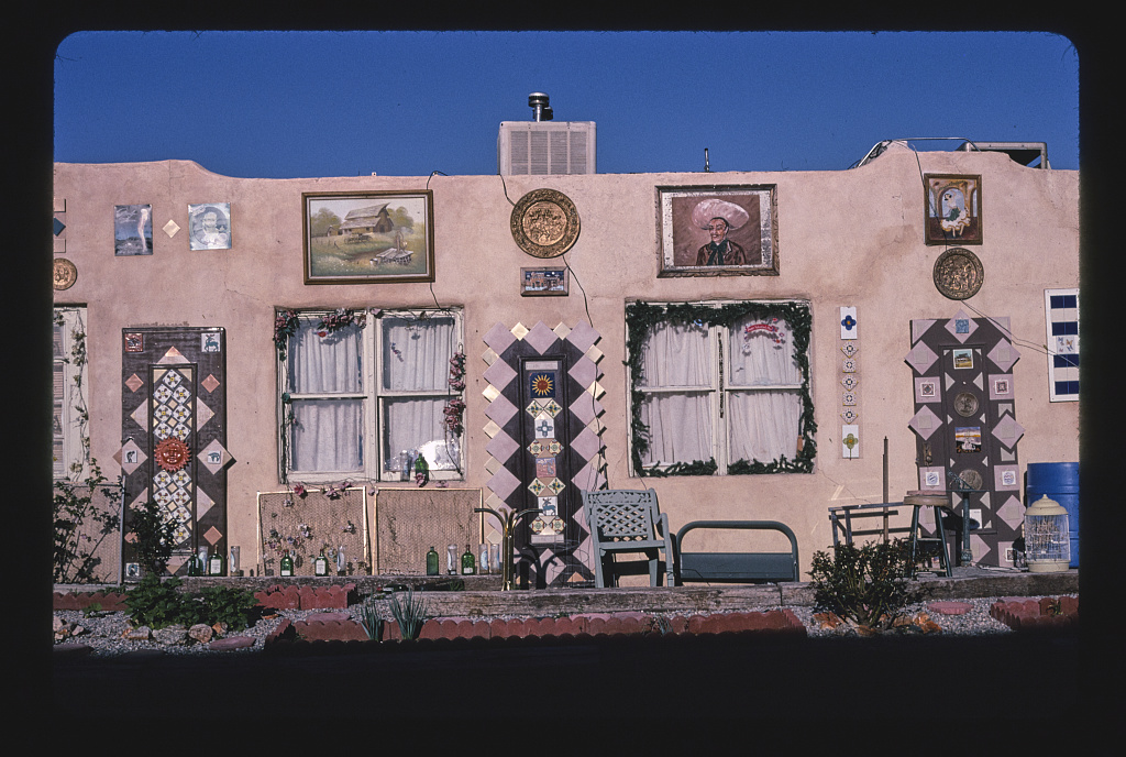 Aztec Motel, frontal close-up view, Route 66, Albuquerque, New Mexico (LOC)
