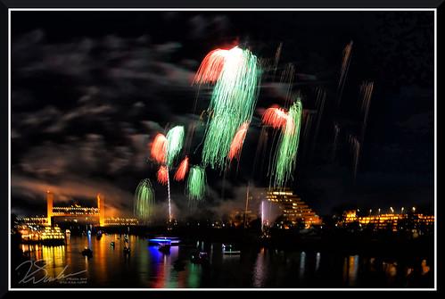 Fireworks_7704