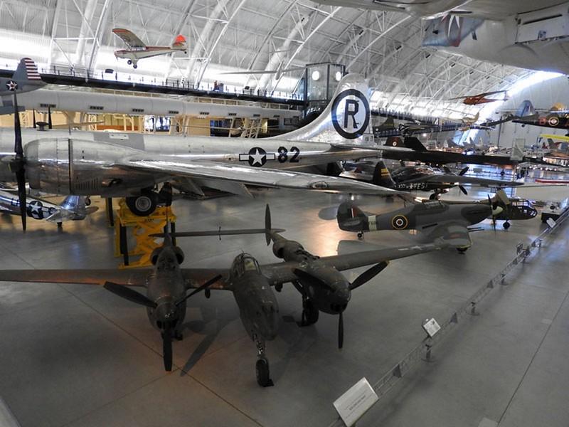 B-29 Enola Gay 1