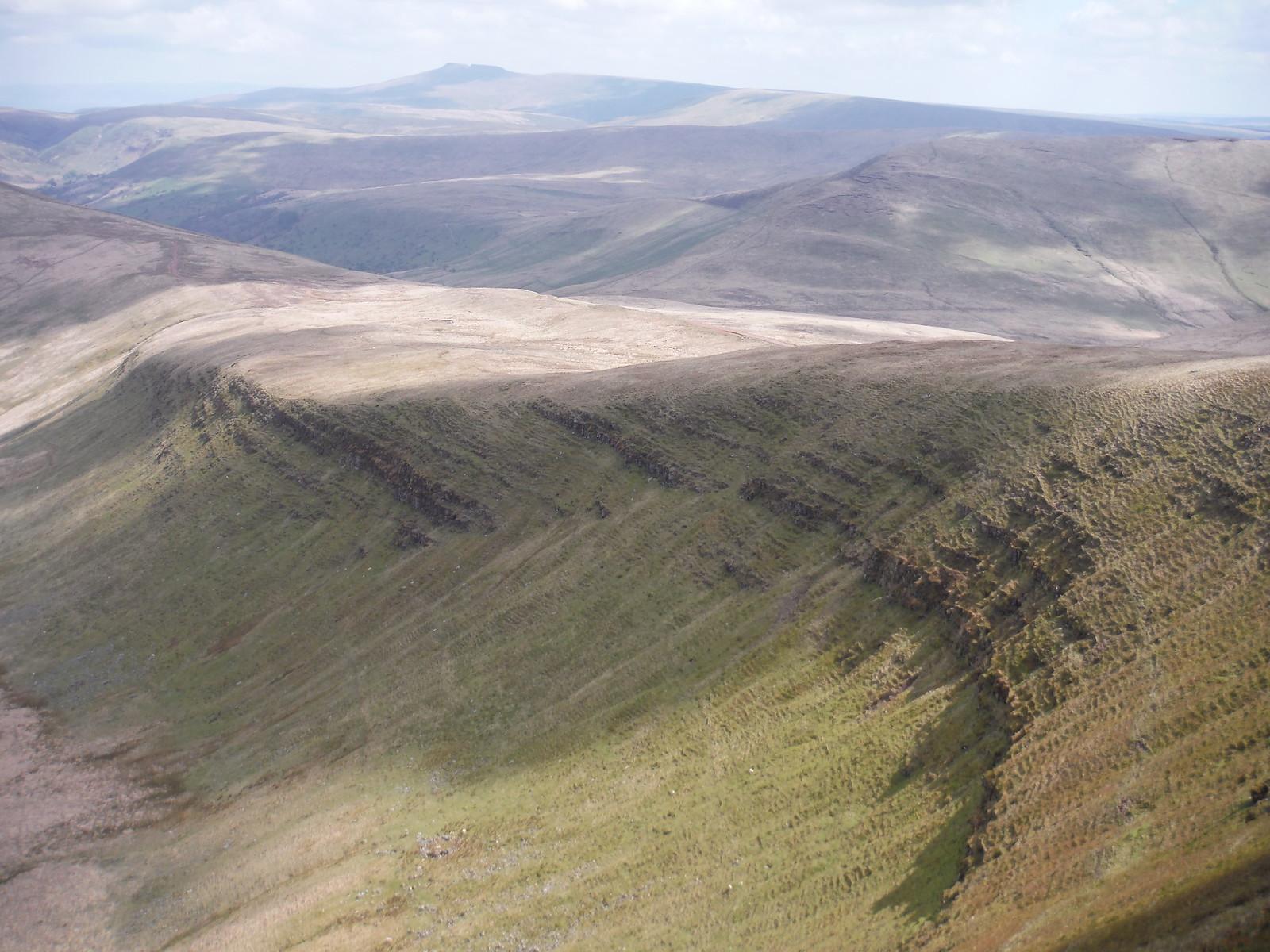 Bowl below Fan Gyhirych SWC Walk 307 - Fforest Fawr Traverse (Craig y Nos to Llwyn-y-celyn)