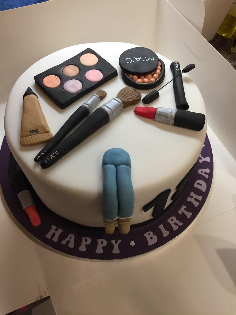Astonishing Happy 18Th Birthday Neve Mac Makeup Birthday Cake For 18 Y Flickr Funny Birthday Cards Online Hetedamsfinfo