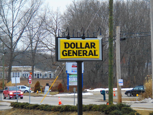 Dollar General (Colchester, Connecticut) | by jjbers