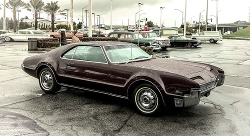olds oldsmobile toronado 1966