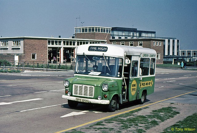 XPE 125N London Country Bus Services FT 5 Ford Transit Dormobile Harlow April76