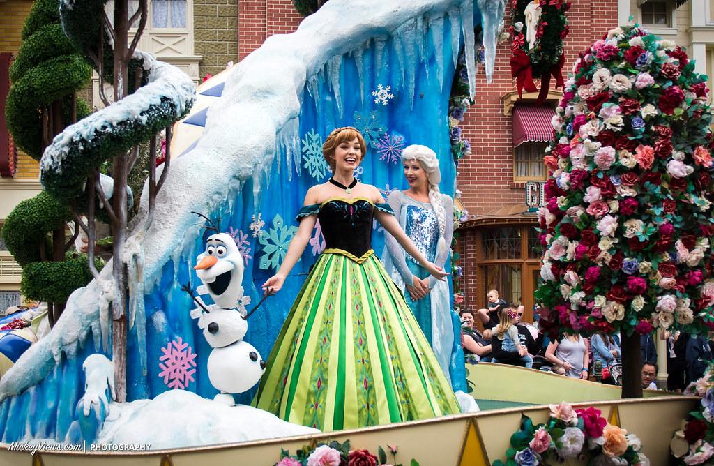 Festival Of Fantasy Parade Frozen Anna And Elsa Walt Disn Flickr