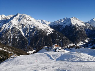 Valley view from piste 19 | by A. Wee