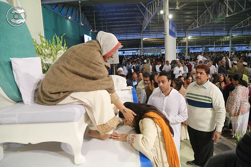 Family of Rev. JRD Satyarthi Ji seeking blessings